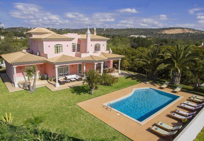 Villa/Dettached house in Boliqueime - Quinta das Laranjeiras   4 Bedrooms   Country House   Boliqueime