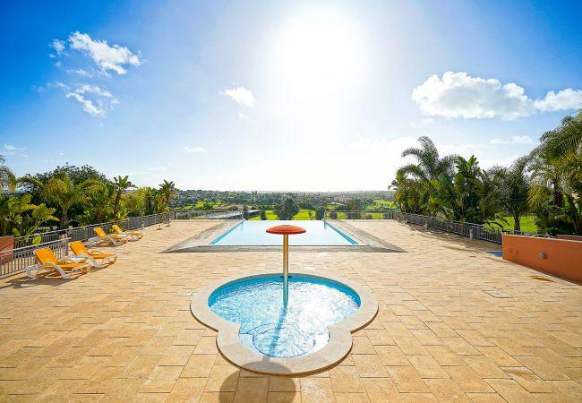 Villa/Dettached house in Carvoeiro - 3 bedroom Villa in Vale da Pinta Golf Resort