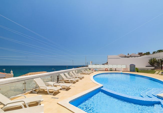 in Carvoeiro - CHARMING CLIFF SIDE APARTMENT WITH STUNNING VIEWS!